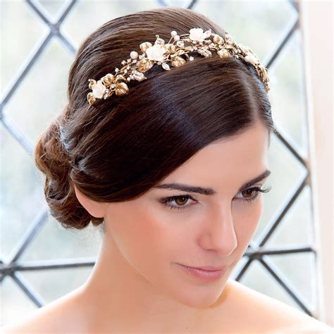wedding day hair styles wedding hairstyles the beautiful model on your 9656