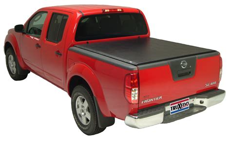 nissan frontier bed cap truxedo tonneau covers for nissan frontier 2010 tx584101