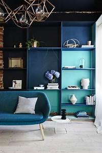 deco salon bleu canard description cool dco salon u dco With tapis chambre bébé avec van gogh cerisier en fleurs