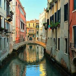 Venice, Italy at 7 am - Frederico Domondon  Italian