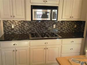 Atlanta kitchen tile backsplashes ideas pictures images for Glass mosaic tile backsplash ideas
