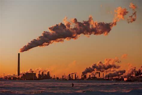 canadas vast source  climate pollution   bust