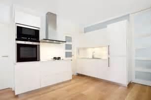 parquet dans la cuisine cuisine quel parquet pour votre cuisine easy devis