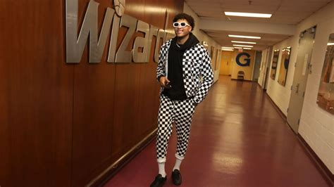 kelly oubre shares game day outfits  shows