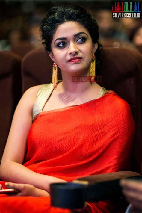 actress keerthi suresh cute photos only actress keerthi suresh cute red saree at 9th edison