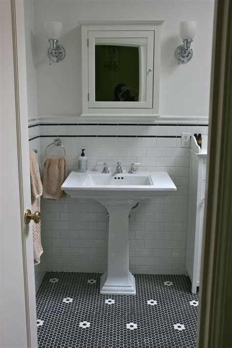 Tiling Small Bathroom Floor by 1000 Ideas About White Subway Tile Bathroom On