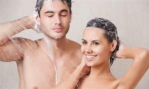 Schimmelpilz Im Badezimmer : schimmel im badezimmer vorbeugen und entfernen ~ Sanjose-hotels-ca.com Haus und Dekorationen