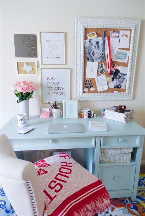 office desk decorations best 25 desk decorations ideas on diy desk