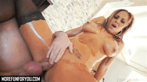Olivia Austin Blonde Milf Fucking With Manuel Ferrara