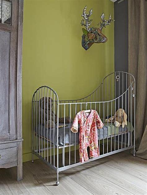 chambre bébé verte une chambre de bébé fraîche et printanière