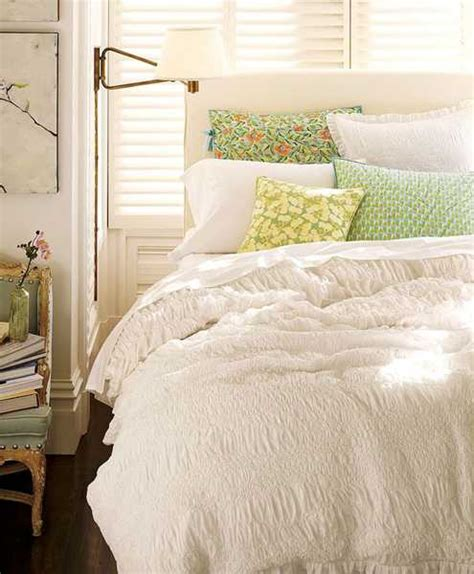 textured bedding sets add flair  charm  bedroom