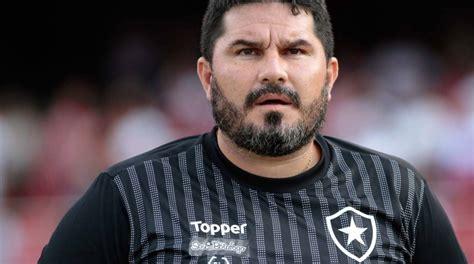 Botafogo pode trocar jogador contestado por atacante do ...