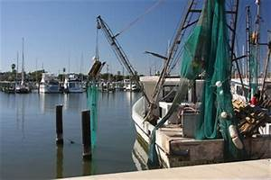 Rockport Harbor -- Gulf of Mexico, Rockport TX USA ...