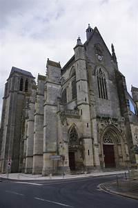 Clery St Andre : porte della misericordia ~ Medecine-chirurgie-esthetiques.com Avis de Voitures