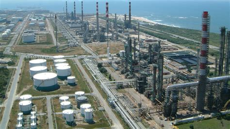 Oil Refinery | www.pixshark.com - Images Galleries With A ...