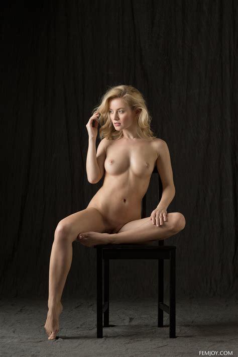 Natural Beauty Gabi Posing In Classic Nudes In The Studio By Femjoy Photos Erotic Beauties