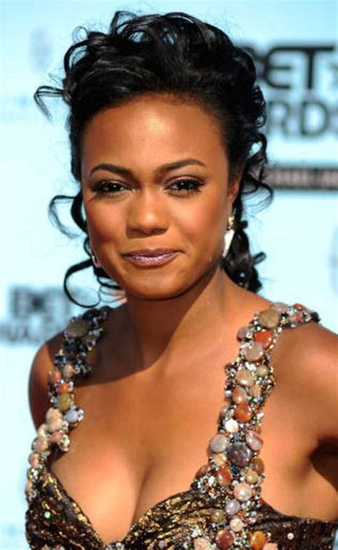 26 Awesome Tatyana Ali's Hairstyles   That Will Inspire You