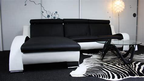 photos canapé noir et blanc design