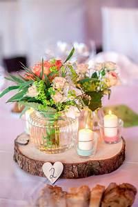 Baumscheiben Deko Hochzeit : bunte sommerhochzeit im vintage stil hochzeitsblog the little wedding corner ~ Yasmunasinghe.com Haus und Dekorationen