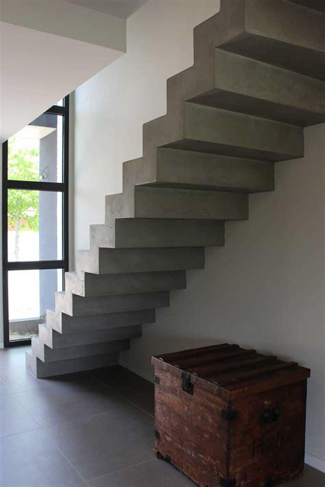 escalier cr 233 maill 232 re finition b 233 ton min 233 ral