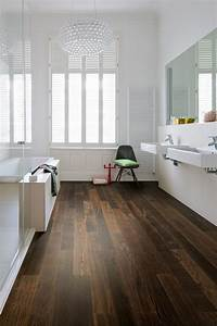 Bad Mit Holz : so klappt es mit dem holzboden im bad holz vom fach ~ Orissabook.com Haus und Dekorationen