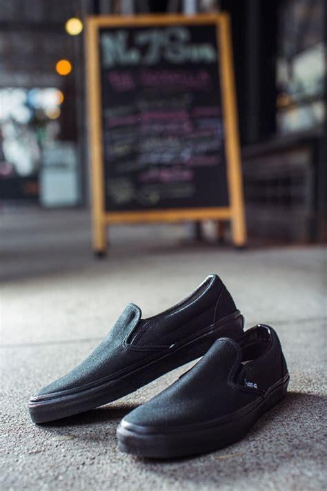 check  vans  professional kitchen shoes