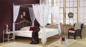 Himmelbett Weiß 120x200 : himmelbett gestell ohne bett spannende futonbett 140 200 mit matratze und lattenrost ~ Indierocktalk.com Haus und Dekorationen