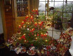 Weihnachtsbaum Wasser Geben : sollte man den weihnachtsbaum in wasser stellen ~ Bigdaddyawards.com Haus und Dekorationen