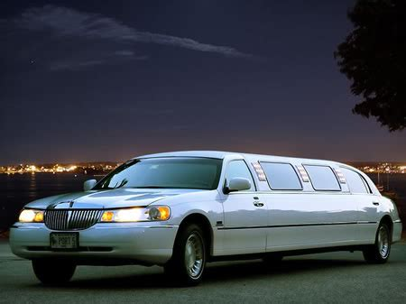 Need A Limo by Why Your Bachelorette Needs A Limo Pearson Airport