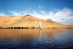 File:River-Nile-near-Aswan.jpg