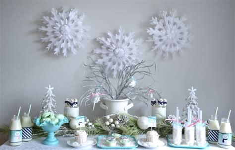 Winter Decorating : Winter Wonderland Let It Snow Party