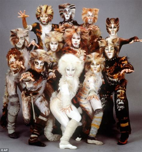 makeup classes in orange county wayne county library cats london palladium cast list