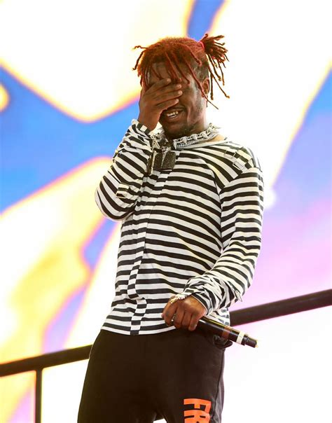 Lil Uzi Vert Shows New Hairstyle After Cutting Off His Dreads