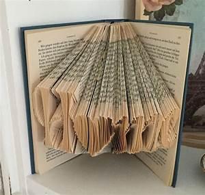 Aus Büchern Falten : b cher falten oder aus b chern basteln basteln pinterest b cher falten basteln und b cher ~ Bigdaddyawards.com Haus und Dekorationen