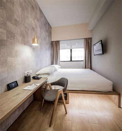 Best Bedroom Looks by 9 Best Tiny Hotel Room Images On Bedrooms