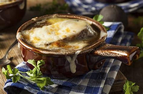 giochi di cucina francese zuppa di cipolle ricetta tradizionale con cipolle