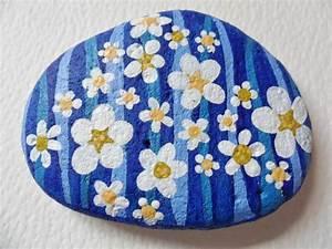 Best 25+ Painted pebbles ideas on Pinterest