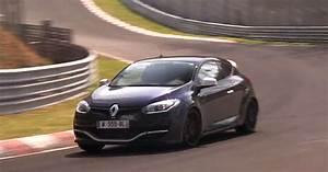 Megane 2014 : 2014 renault megane rs going after the seat leon cupra 39 s hot lap autoevolution ~ Gottalentnigeria.com Avis de Voitures