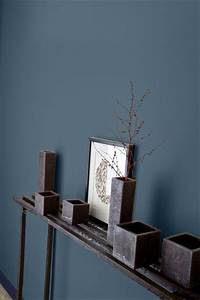 les 25 meilleures idees de la categorie murs gris bleu sur With couleur de peinture pour une entree 2 un couloir style retro dans lentree avec console cache