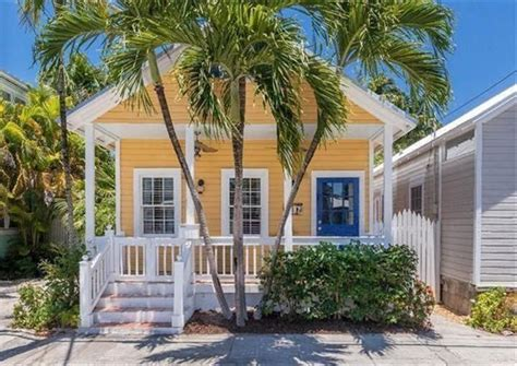Key West Cottage by Best 25 Key West Cottage Ideas On Key West