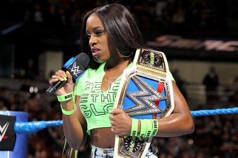 naomi forced  relinquish wwe smackdown womens title due