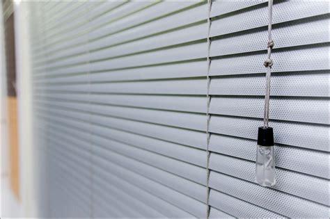 Aluminium Venetian Blinds by Aluminum Venetian Blinds Light Shade