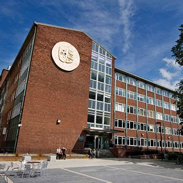 centres and institutes school of earth and environmental sciences the of manchester
