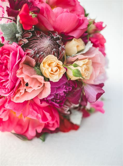 wedding bells magazine  beautiful bouquets