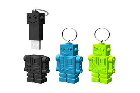 robot usb stick domo arigato  roboto foerderland
