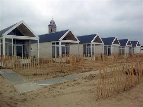 Huisje Weekendje Weg Nederland by Dit Weekend Huren We Een Huisje Pal Aan Het Strand Me To We