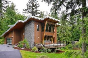green homes plans impressive modern cottage at the base of squak mountain washington freshome com
