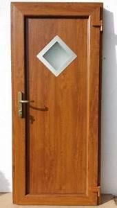 Plastové dveře zlatý dub bazar