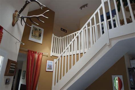 attrayant decoration d une entree avec escalier 2 dentr233e cage escalier peinture