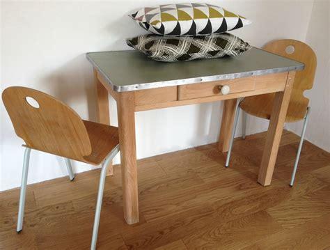 plateau cuisine bois table cuisine avec tiroir atlub com